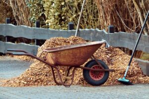 City of Decorah to Offer Loading Days at Yard Waste Site